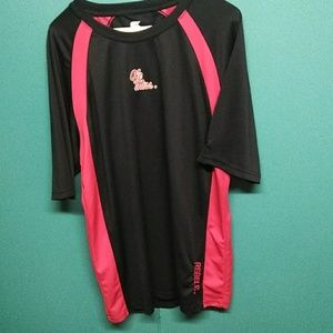 Colosseum mens old miss athletic shirt